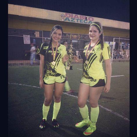 Los invito a seguir a @guerreras_fc un equipo de futbol femenino.. Amor por el deporte #sejuegaconelcorazon #guerreras #pasion #dedicacion #amorporlacamiseta  by osoriiodaniela