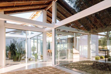 Hopscotch House / Antonio Costa Lima Arquitectos