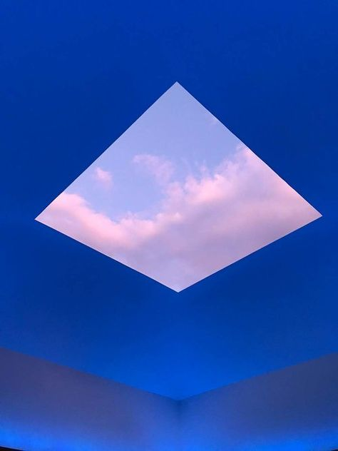 Step Inside James Turrell's House Of Light In Japan Light Art Installation, Art Installations, James Turrell, Antony Gormley, Design Set, In Praise Of Shadows, Modern Art, Contemporary Art, Yves Klein