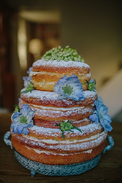 Victoria Sponge Cake Tutorial (Naked Cake)  Naked cakes are cakes that have no outer frosting!