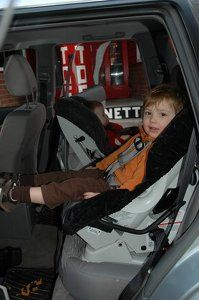 When should you turn your child forward-facing? | Child Passenger ...