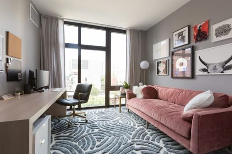 Tour Phoebe Robinson S Dope Brooklyn Apartment