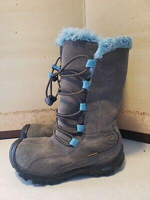 Keens little girls snow boots size 11