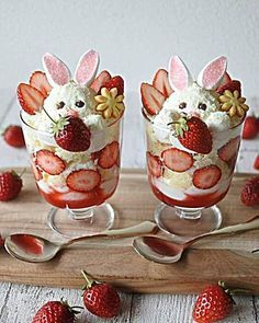 For Easter desserts 2019 these funny and cute Easter desserts recipes are the best. Choose from from Peep desserts to egg nest desserts to Easter cupcakes. Cute Easter Desserts Recipes that are too endearing to be eaten - Easter Desserts Recipes #recipevid #recipesandmelodies #foodilysm #foodtravel #foodiesbcn #foodmarket #foodtime #recipediary #foodietribe #RecipesVideos #recipesharing #FoodStory #recipedevelopement #foodlike #recipemakeover