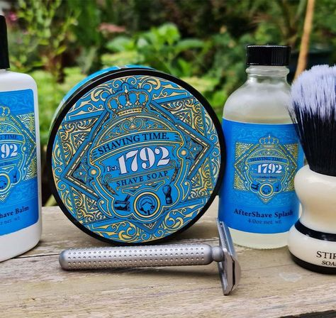 Est 1742 is an homage to the original 4711 Cologne. To my nose it is so spot on that it is incredible. The Spash is 80% Alochol and lasts in different degrees all day!
