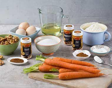 Saftiger Mohrenkuchen Ostmann Gewurze Rezept In 2020 Mohren Kuchen Saftiger Mohrenkuchen Mohrenkuchen