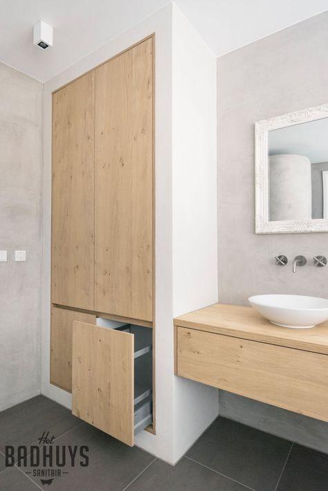 Badkamer met  muren in de Beton Cire, en maatwerk meubel en kast   Het Badhuys Breda