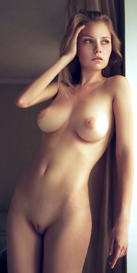Gorgeous next surprises girl nude door girls
