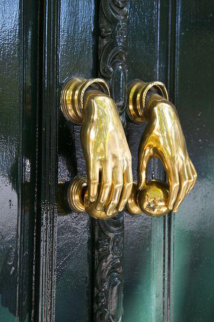Door knobs and knockers Door Knobs And Knockers, Knobs And Handles, Double Door Handles, Door Handles Vintage, Door Knockers Unique, Front Door Handles, Unique Doors, Door Furniture, Knock Knock