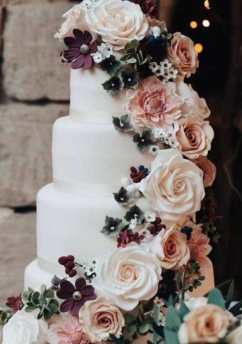 Best wedding cakes of 2018   White wedding cake with blush, peach and burgundy wedding sugar flowers  #weddings#weddingcake#cake#weddingcakes#wedding#weddingideas#weddinginspiration