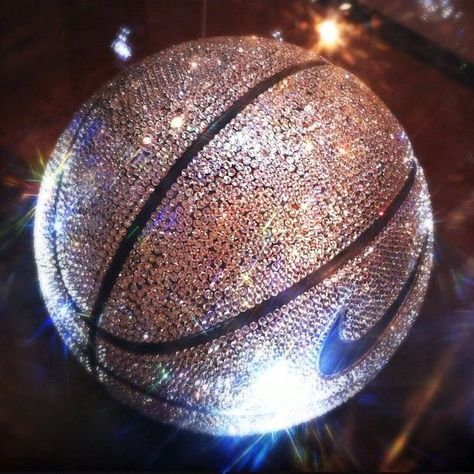 Pin this if you want a sparkly Nike basketball - aesthetic pictur . Nike Basketball, I Love Basketball, Basketball Workouts, Basketball Pictures, Basketball Quotes, Basketball Doodle, Basketball Girlfriend, Basketball Crafts, Basketball Jewelry