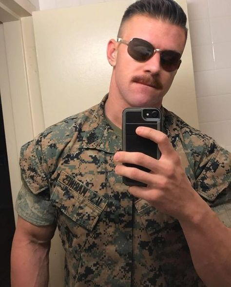 Hot Army Men, Sexy Military Men, Mustache Men, Mustache Styles, Hipster Mustache, Handlebar Mustache, Beard Images, Scruffy Men, Handsome Guys
