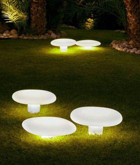 Large Decorative Lawn Lights Mushroom Design Garden Exterior Lighting Solar Lights Garden Outdoor Lighting