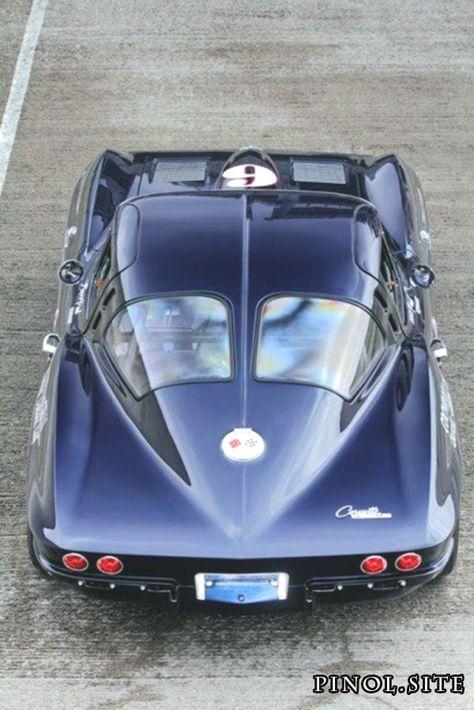 1963 Corvette Stingray 'split-window'. Note that the door's opening