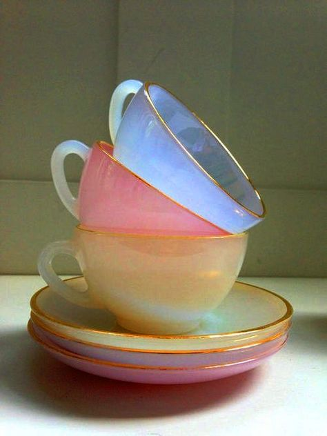 Arcopal France Vintage Opalescent Tea Cups and Saucers - Interior Design Tips and Home Decoration Trends - Home Decor Ideas - Interior design tips Cup And Saucer, Cup Of Tea, Tea Time, Coffee Cups, Coffee Set, Sweet Home, Dishes, Home Decor, Future