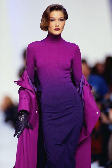 Bella Hadid Carla Bruni Look Alike Runway Model Photos