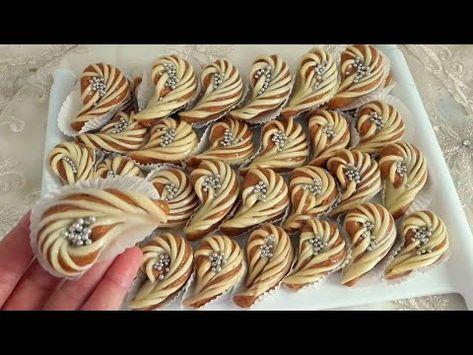حلويات العيد 2019 حلوة الفول السوداني على شكل دمعة بمقادير بسيطة والأهم مداق لا يقاوم تستحق التجربة Youtube Sweets Recipes Desserts Arabic Sweets Recipes