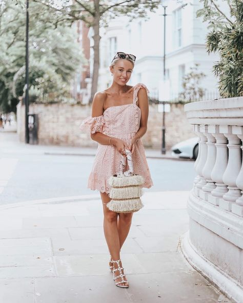 """Josie // Fashion Mumblr on Instagram: """"Why do all outfits look so much better with a tan! 🤩 I've linked this entire outfit and the tan I used over on my IG stories! 💓 @revolve…"""""""