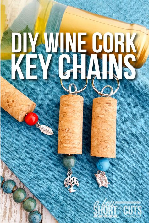 A perfect homemade christmas gift for a wine lover! Check out this simple DIY Wine Cork Key Chains Craft!