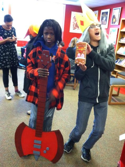 Students got ALGEBRAIC at this week's Geek the Library Club at South East Junior High Library in Iowa City. Adventure Time cosplay, Card Wars, and more!