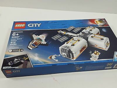 Lego City Space Lunar Space Station 60227 Space Station 2019 412 Pieces Affilink Lego Legolot Legos Legobulk Legose In 2020 Lego City Space Lego City Lego Sets