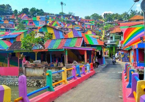 School principle transforms Kampung Pelangi into colorful wonderland with $22,000 of paint | Inhabitat - Green Design, Innovation, Architecture, Green Building