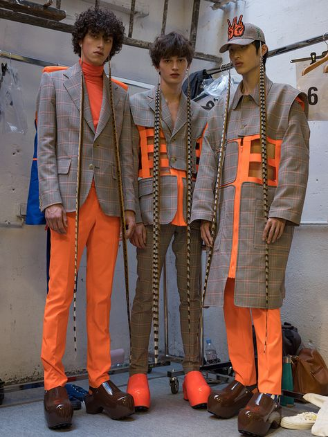 Walter Van Beirendonck SS19 Backstage! - Fucking Young!