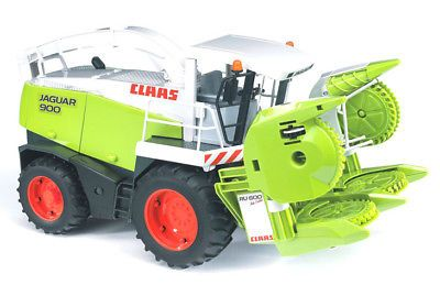 Bruder 02131 Claas Jaguar 900 Field Chopper New Factory Sealed 2131 Jaguar Farm Toy Display Tractor Toy