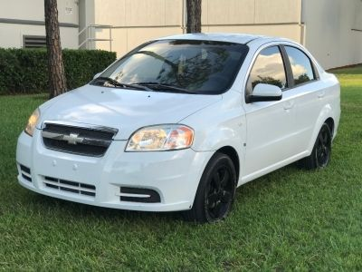 2008 Chevrolet Aveo Base White Sedan 4 Doors 2200 To