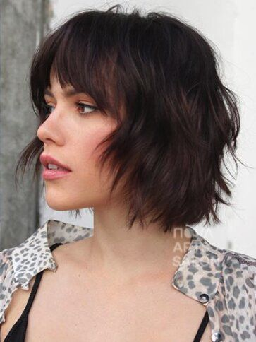 27 Short Hairstyles To Try In 2021 In 2020 Hair Styles Short Hair With Bangs Short Hair Styles