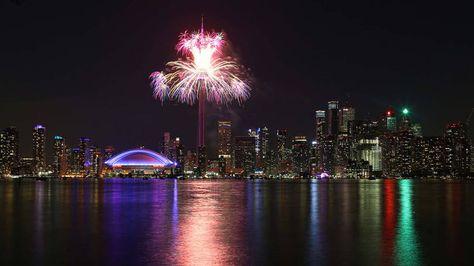 Com show de luzes e muita música, Pan de Toronto é encerrado
