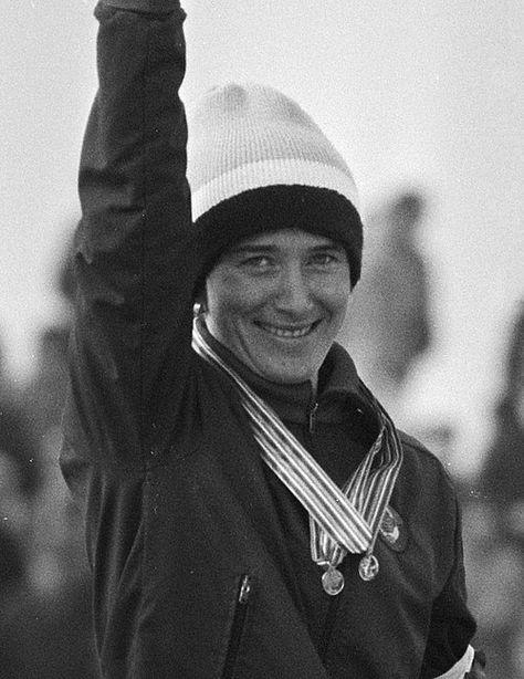 Наталья Анатольевна Петрусёва (Комарова) (2 сентября 1955, Павловский Посад, Московская область, РСФСР, СССР) — советская конькобежка, многократная чемпионка мира и Европы, Олимпийская чемпионка 1980 года, заслуженный мастер спорта СССР (1980).