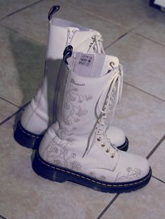 Wedding doc martens always good to have a spare pair of shoest doc martens boots white with floral etching mightylinksfo