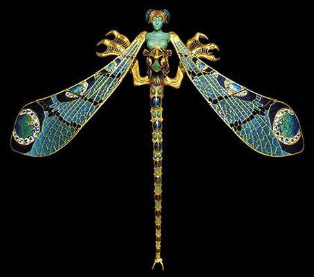 Jugendstil/Art nouveau. Lalique. Planten en dieren motieven. Organische lijnen/vormen. Kleur van het materiaal. Dure materialen. Smeedwerk.
