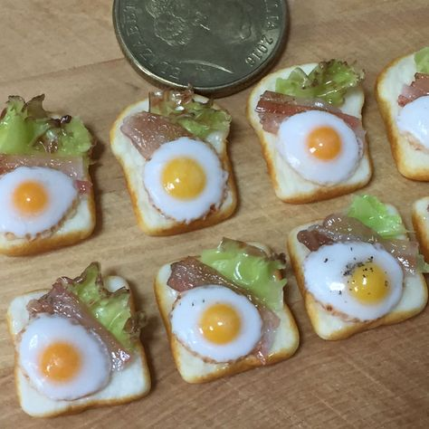 Casa de muñecas en miniatura de cadena Cocina Salchicha Salami Cafe Tienda Accesorio de alimentos