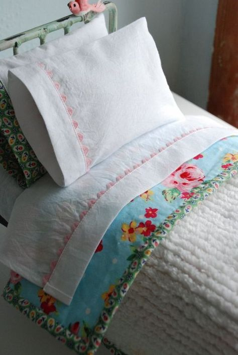 Doll Bed Linens