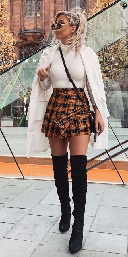 30 pretty winter outfits you can wear on repeat winter fashions winter fashion inspiration holiday fashion winter winter style fashion winter outfits fashion - The world's most private search engine Winter Outfits For Teen Girls, Winter Fashion Outfits, Holiday Fashion, Fall Winter Outfits, Teen Fashion, Fashion Trends, Style Fashion, Winter Wear, Holiday Outfits