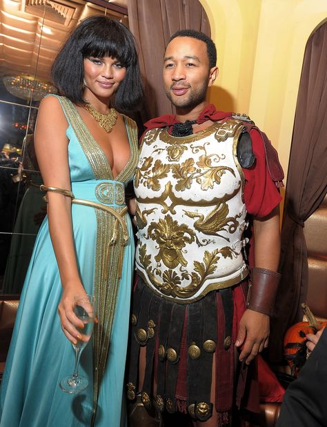 28 Non-Cheesy Halloween Couples Costume Ideas, Courtesy of Your Favorite Celebrities