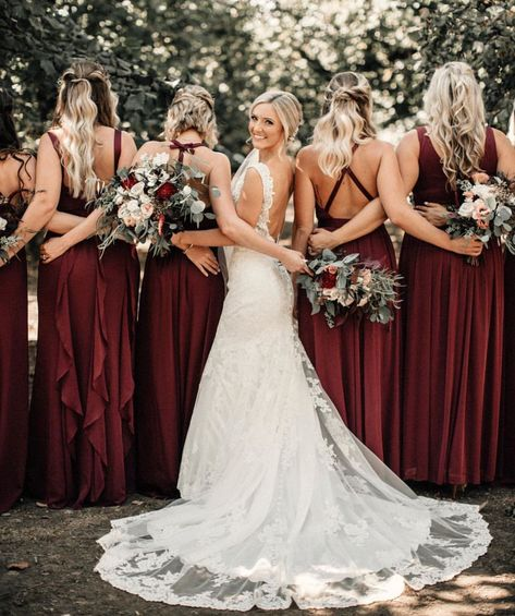 69 Trendy Ideas Wedding Photography Poses Bridal Party The Bride Bridesmaid Dresses Designer Bridesmaid Dresses, Burgundy Bridesmaid Dresses, Wedding Bridesmaids, Bridesmaid Color, Bridesmaid Ideas, Bridesmaid Flowers, Bridesmaid Gifts, Wedding Dress Organza, Bridal Gowns