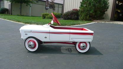 Memorabilia Pedal Car 1962 Impala SS Image
