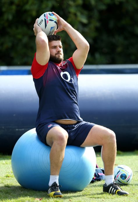 "huskyishusky: ""Rugby Belly "" Rob Webber, England, 116 kg"