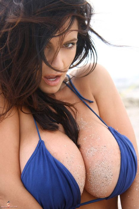 TAG: boobs tits breast tit boob chest nipple bust uber cleavage boobies