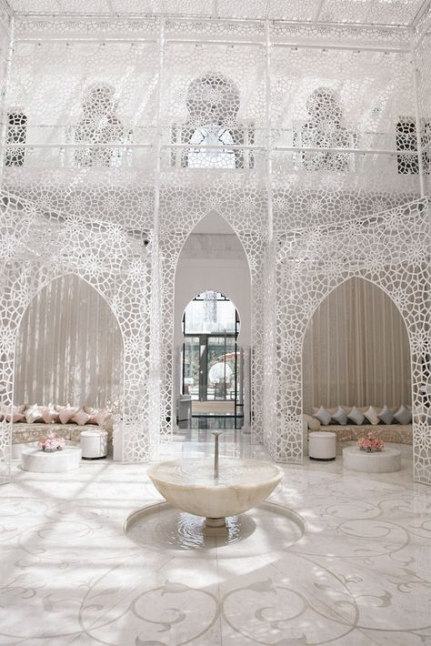 Travel Inspiration : a glimpse into the Royal Mansour hotel and spa in Marrakech.
