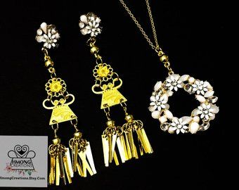 Beautiful hmong necklace set earrings and necklace, Hmong Creations