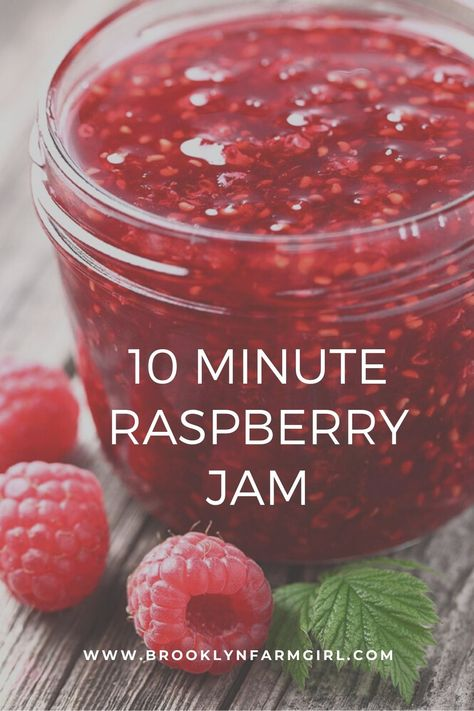 This healthy homemade recipe uses 1 pint of fresh raspberries, honey and lemon juice. NO pectin or sugar required! I always make 2 jars - one to store in the refrigerator and one to store in the freezer! Raspberry Jelly Recipe, Raspberry Freezer Jam, Homemade Raspberry Jam, Strawberry Jam, Raspberry Jam No Pectin, Raspberry Recipes Healthy, Healthy Desserts, Healthy Eats, Jelly Recipes