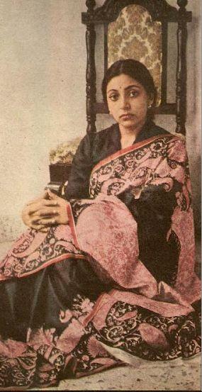 Vintage photo of Indian actress Deepti Naval in floral print silk sari