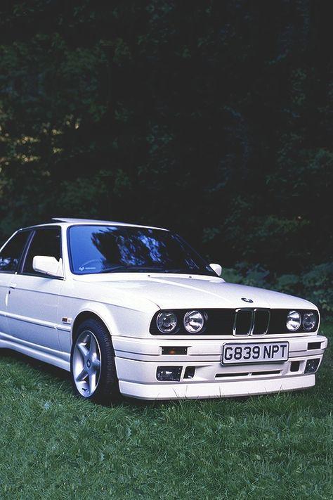 old school BMW: Nostalgia, Ultra? Suv Bmw, Bmw E30 M3, Tuner Cars, Jdm Cars, Slammed Cars, Street Racing Cars, Auto Racing, Jdm Wallpaper, R34 Gtr