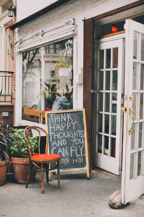 Guide to West Village, New York. All the things you need to do in this historic neighborhood #homerocks