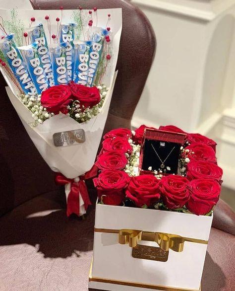 افكار لتقديم هدايا الخطوبة Follow Dhazmarocain Flower Frame Gifts Gift Wrapping
