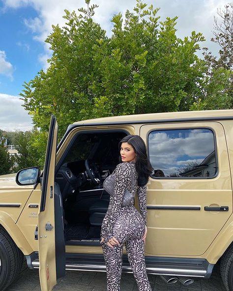 400+ ideeën over Kim Kardashian | kleding, lederen jurken